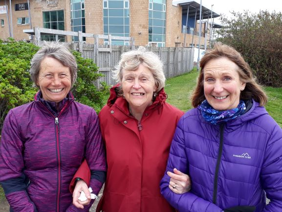 Smiles Nos 260-262 Lesley, Susan and Anne from Newhaven and Colinton, Edinburgh.