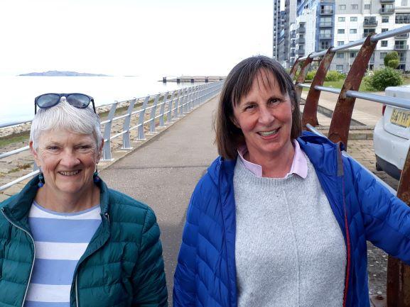 Smiles Nos 266-267 Marilyn and Sheila from Portobello and Trinity in Edinburgh.