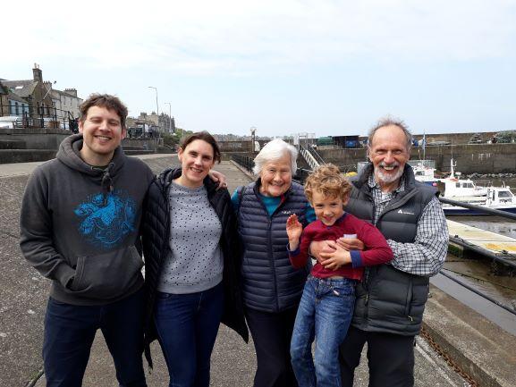 Smiles Nos. 268-272 Simon, Sharon, Gill, Steph and young Sam from Trinity, Edinburgh.